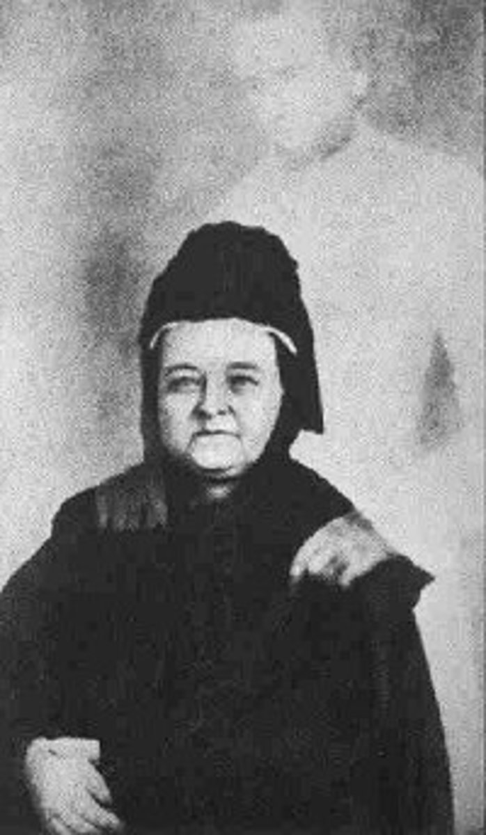Spirit photo of Mary Todd Lincoln taken by William Mumbler.