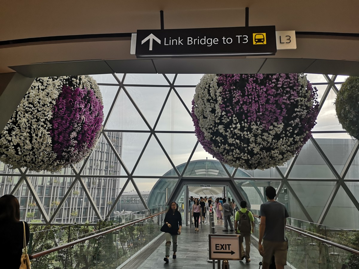 Link bridge to T3. Crown Plaza Hotel is located at T3.
