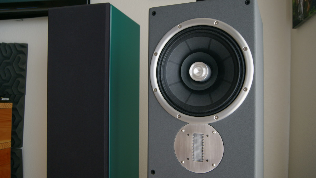 ZU Audio Essence up close