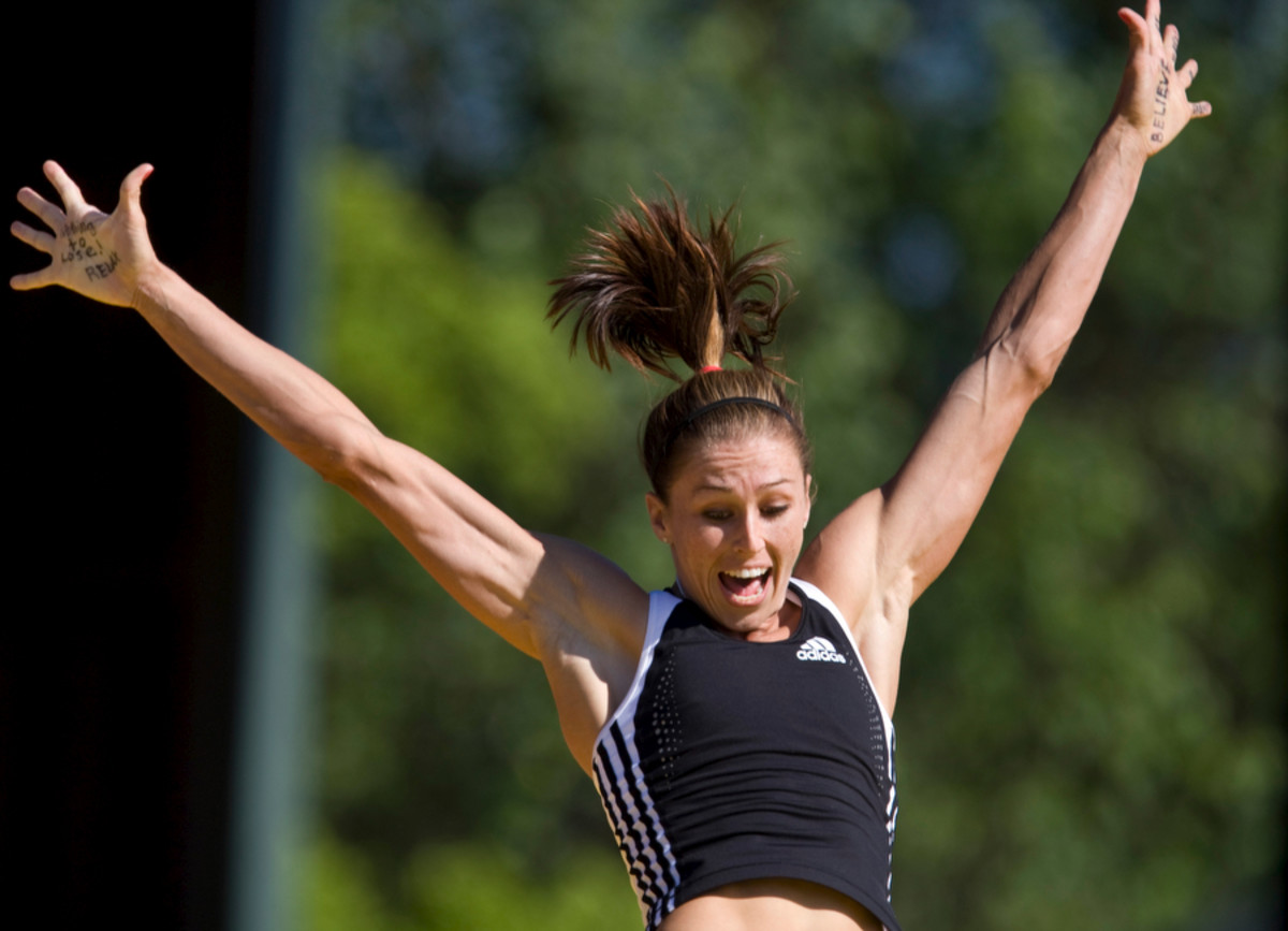 The shortage of collegiate pole vaulters that are women have made scholarships more available.
