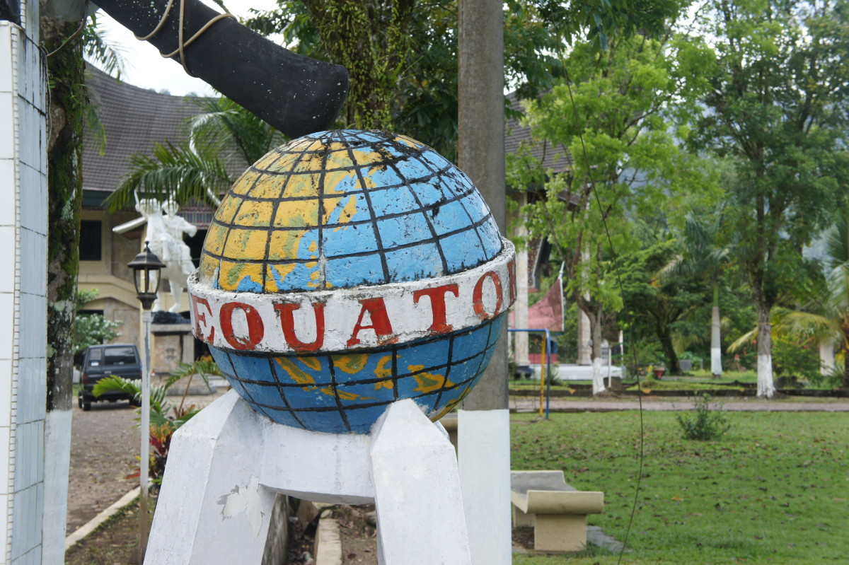 crossing-the-line-adventures-on-the-equator