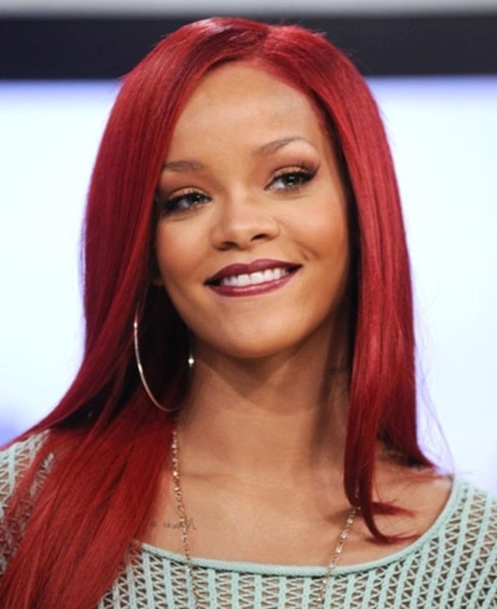Rihanna. Light skinned black women celebrities.