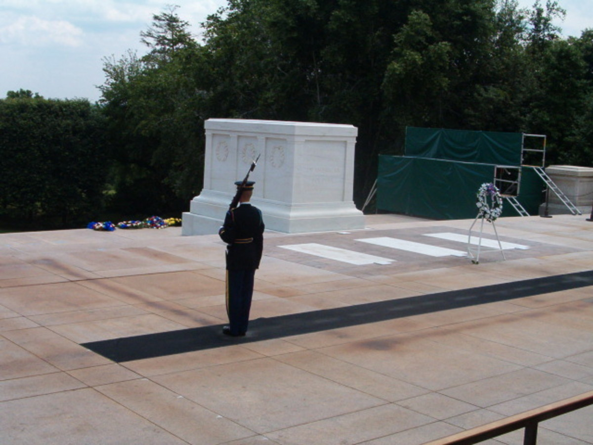 Arlington Cemetery and the Tomb of the Unknown Soldier in Washington, D.C.