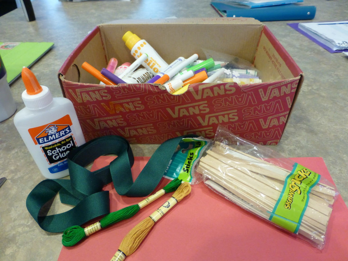 These are just some items you can use for decorating your miniature sukkah. We ended up using scrapbook paper, model magic, and larger popsicle sticks.