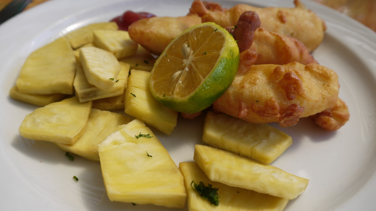 "Breadfruit ""chips"" and fish . . .for a change!"