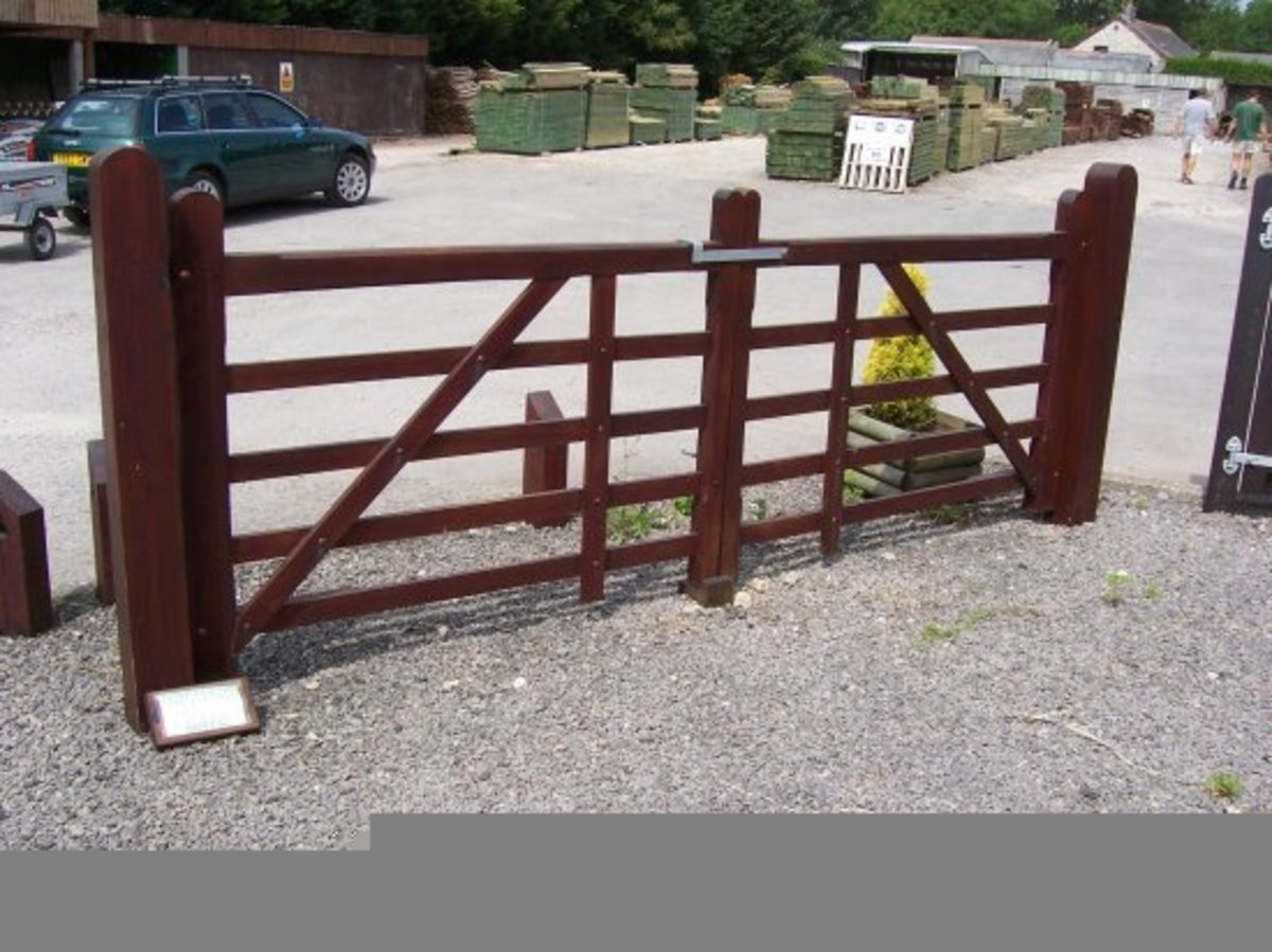 Wooden gates - Wooden driveway gates - Orchard gate