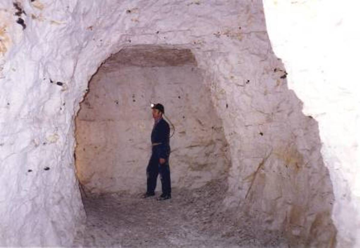 A chamber off a Dene Hole