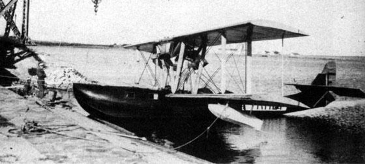 Lioré et Olivier H-133
