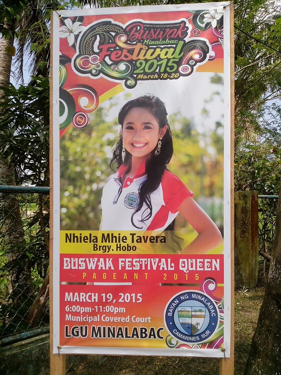 Miss Hobo as Miss Buswak 2015-Festival Queen (Photo Source: Ireno A. Alcala)