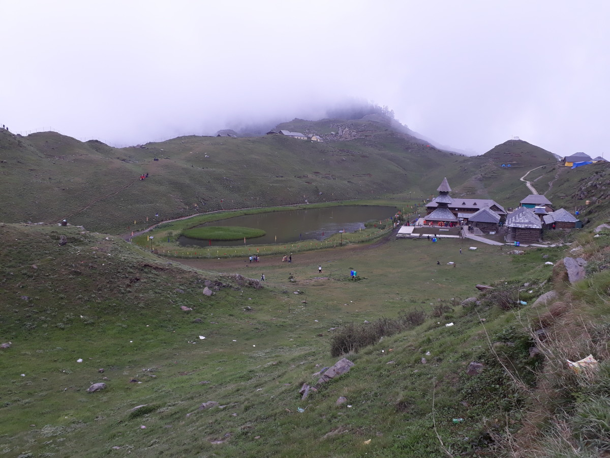 A Thrilling First-Hand Experience To Parashar Lake Trek