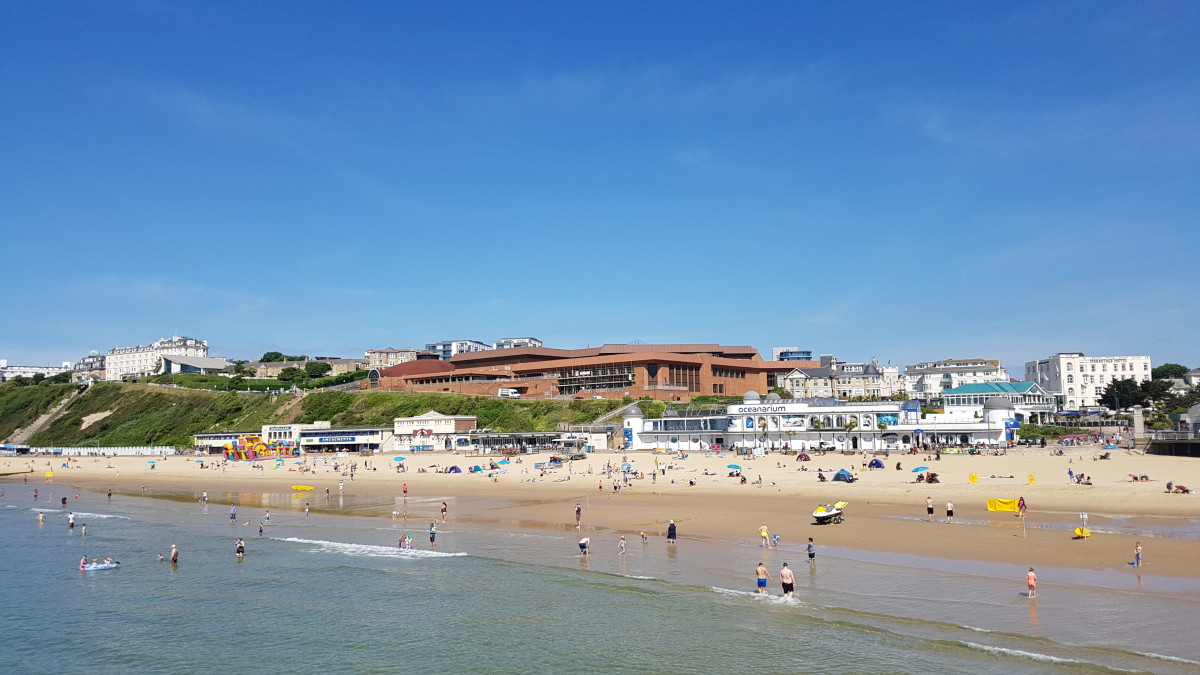 Bournemouth Golden Sand Beach on the left-photo taken from the Pier