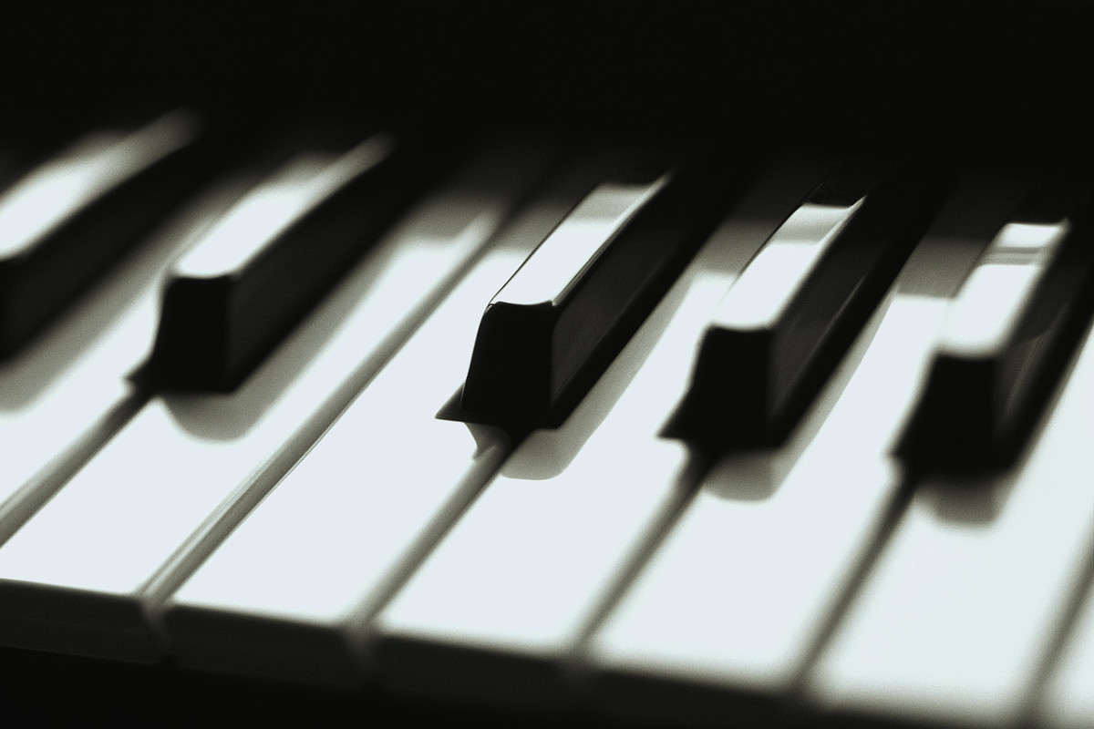 an-analysis-of-piano-by-dh-lawrence
