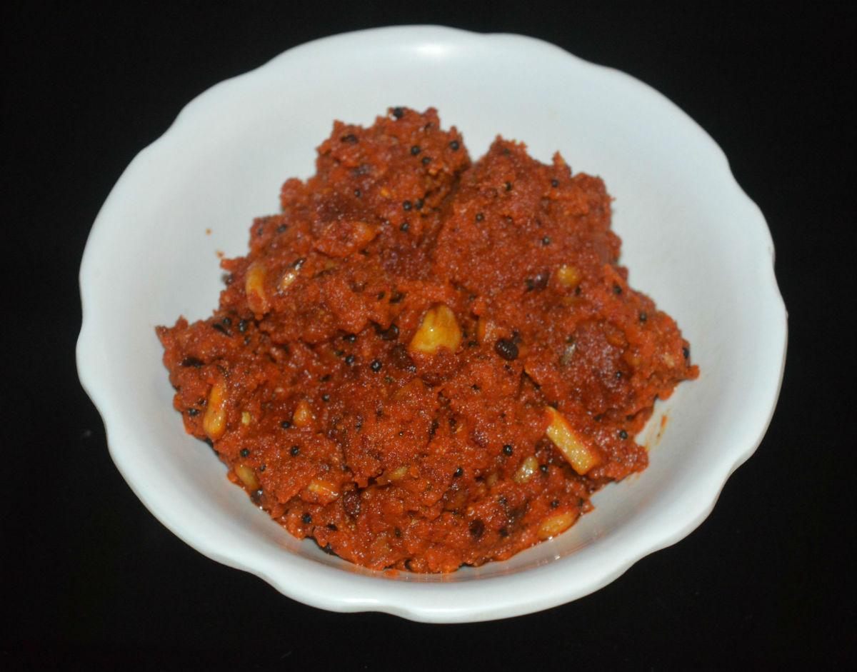 Garlic Chutney (Lasun Ki Chutney)