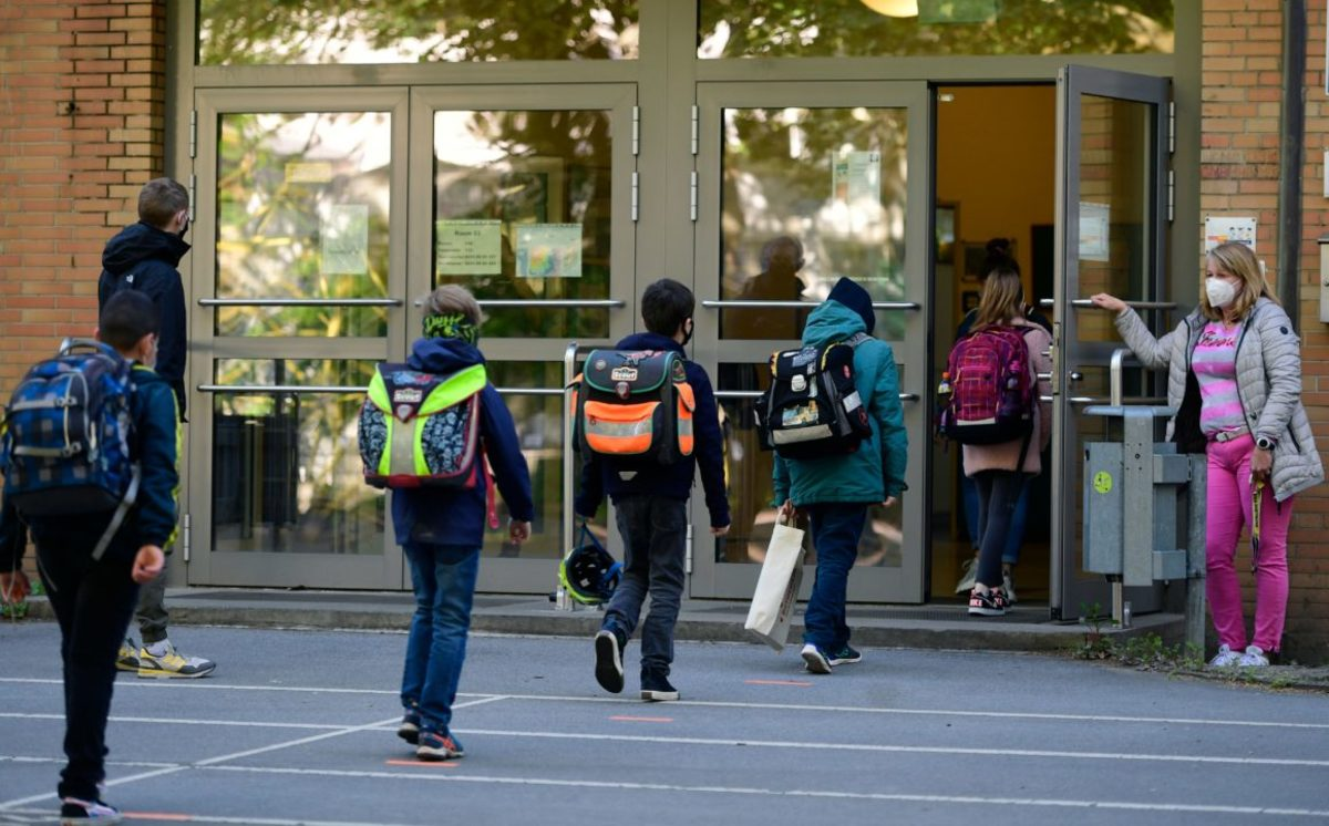 how-to-stay-safe-when-going-back-to-school