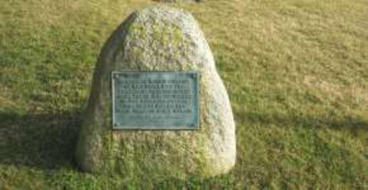 plaque honoring Squanto