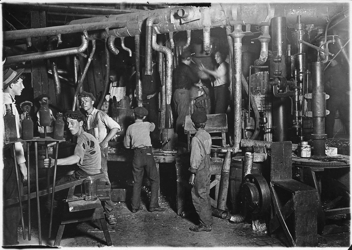 1908 Glass Factory