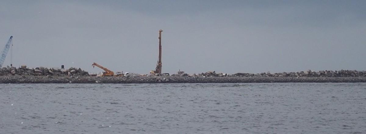 Eko-Atlantic City under construction, Lagos, Nigeria, 2011.  Image by omar 180, courtesy Wikimedia Commons.