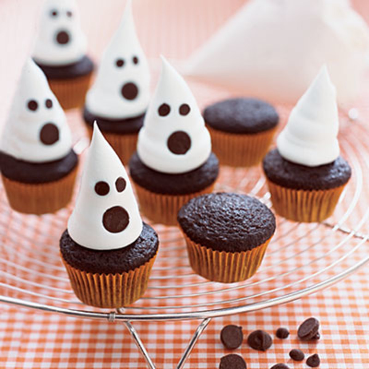 Ghost cupcakes hallowen