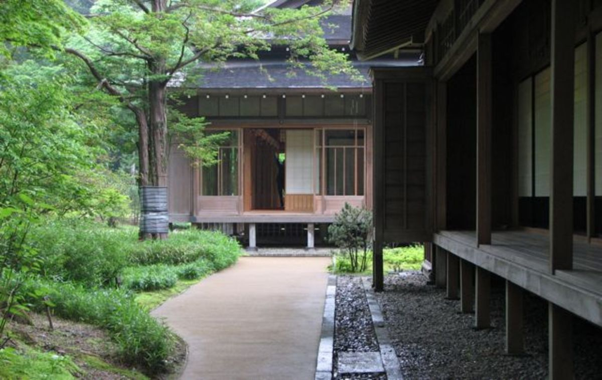 Tamozawa villa in summer.