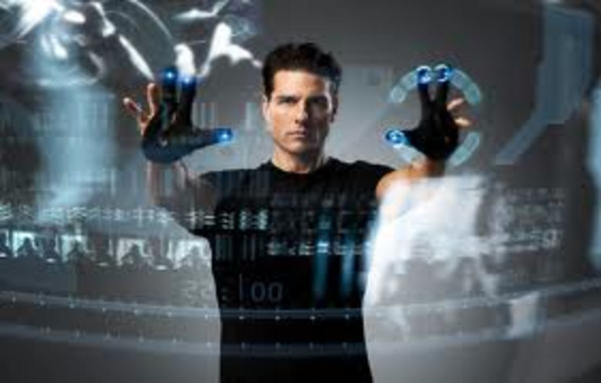 Tom Cruise as Pre Crime cop Chief John Anderton in Spielberg's Minority Report
