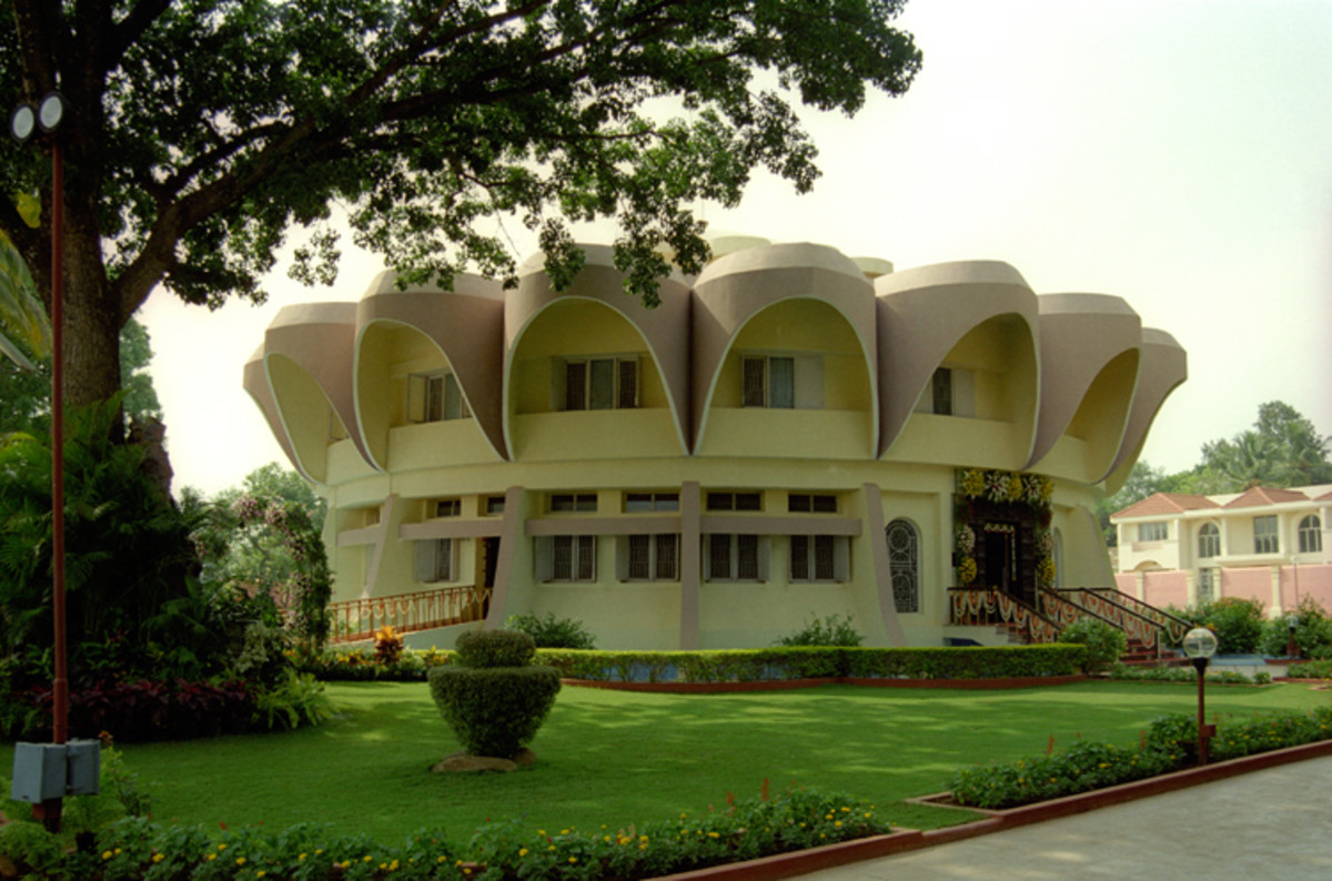 The Trayee Brindavan residence of Swami in Bangalore where the divine encounter took place...