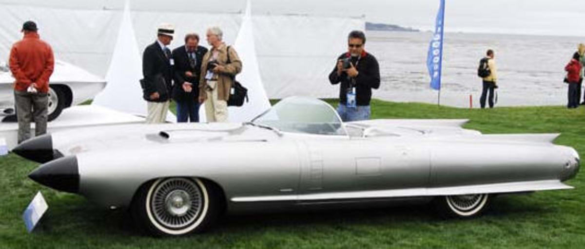 the-jet-age-car-1959-cadillac-cyclone