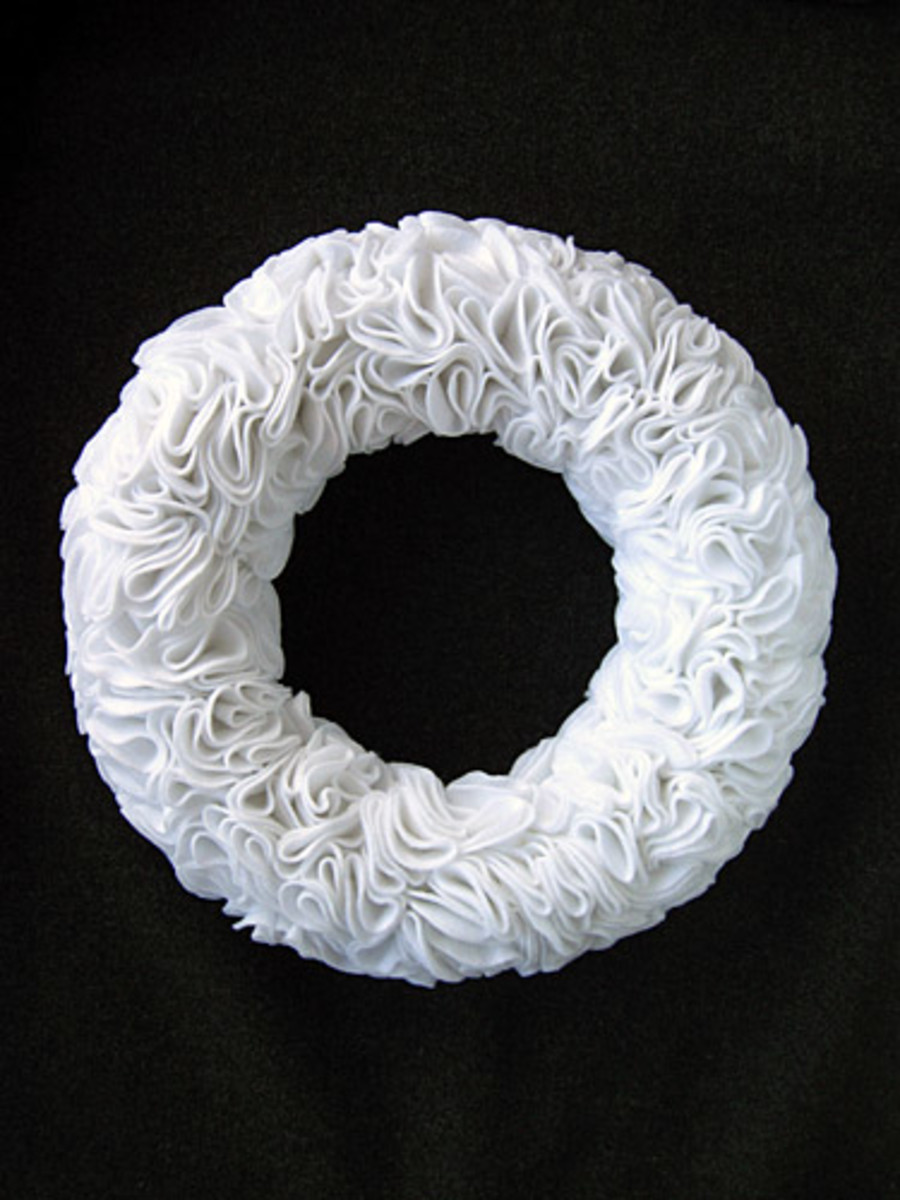 Felt Ruffle Wreath DIY