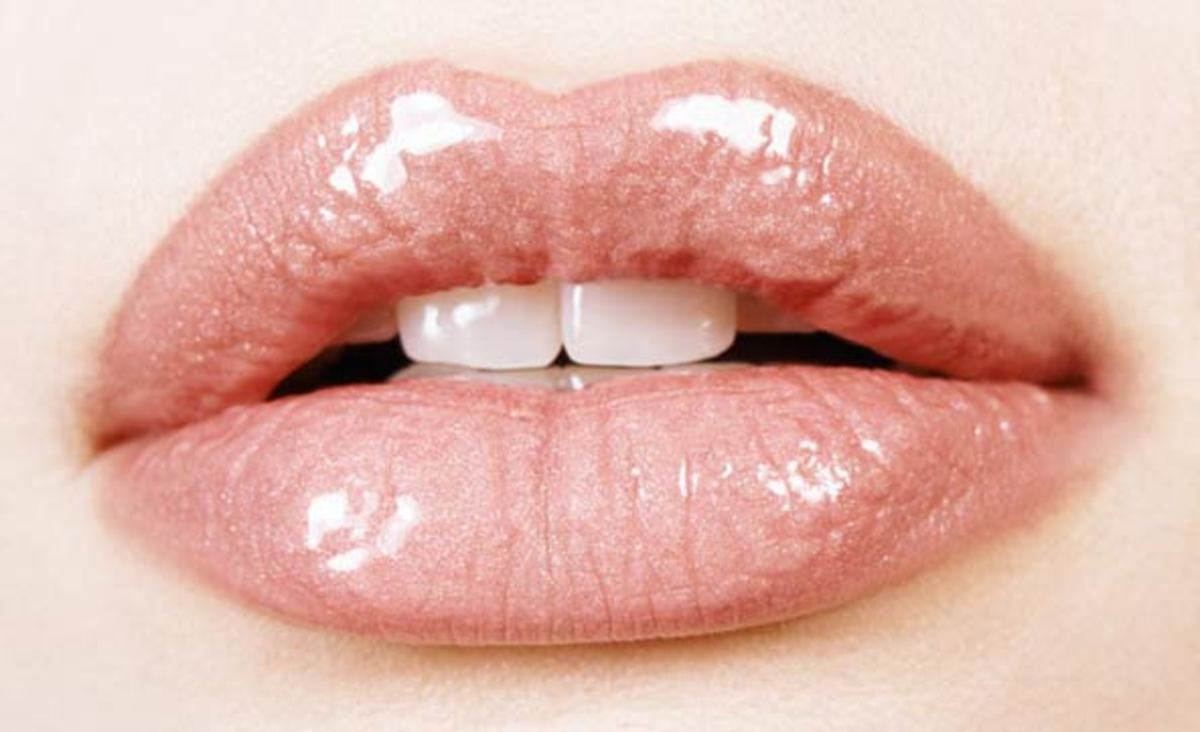 How To Make Your Lips Look Bigger And