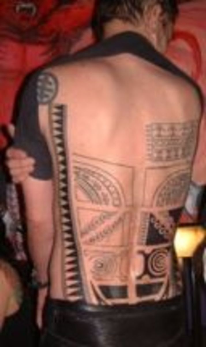 Marquesas-style back tattoo in progress