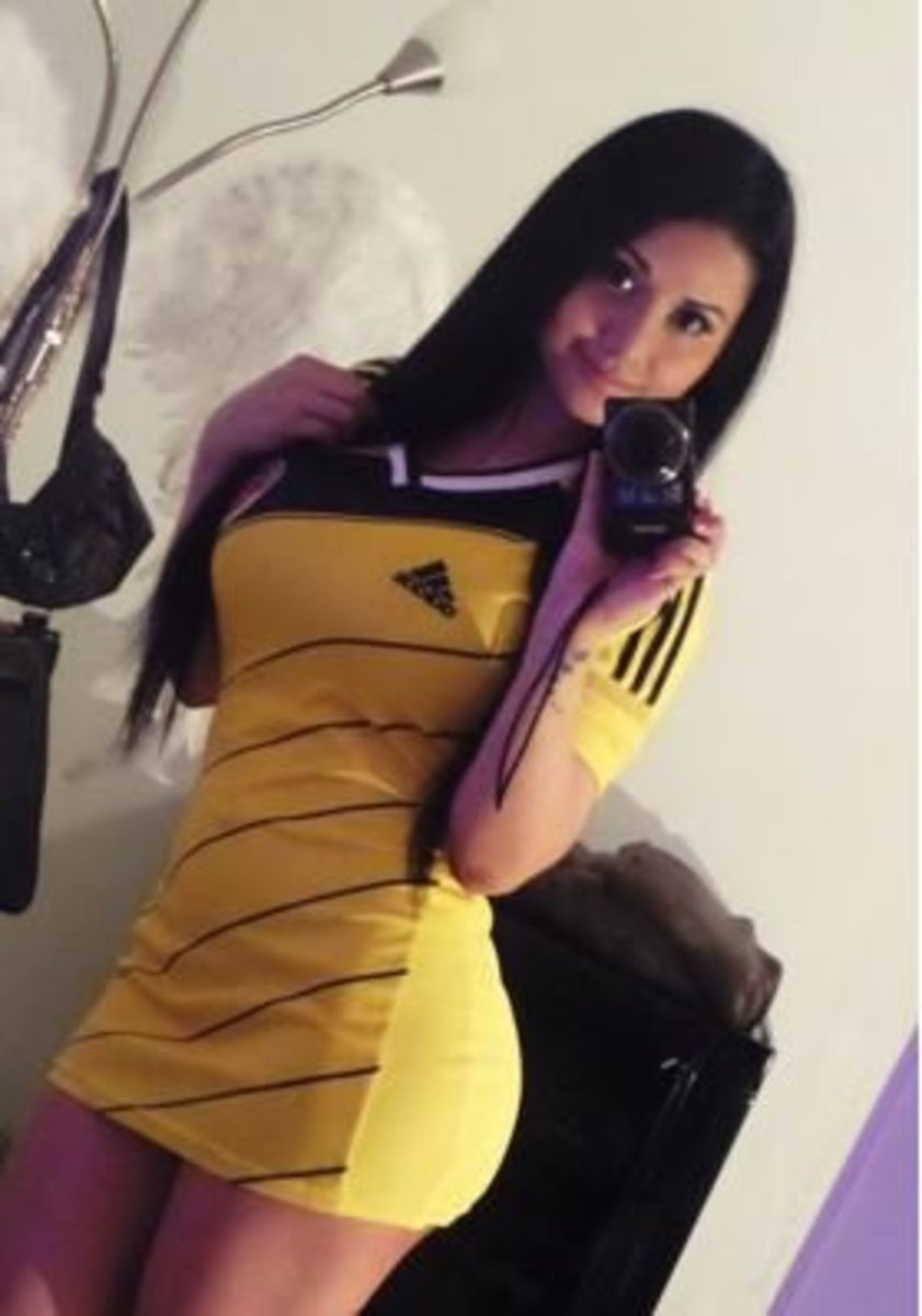 Sexy Colombian girl wearing national team jersey