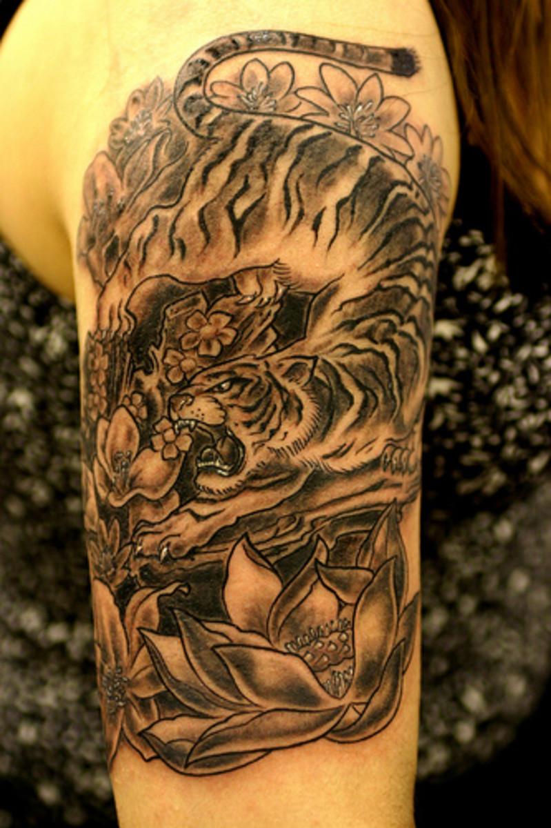 Tiger prowling tattoo
