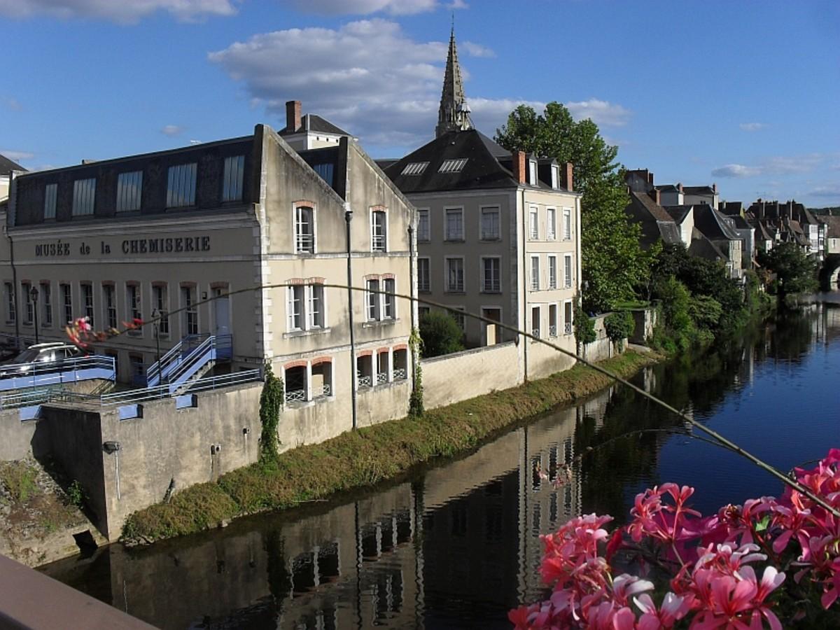 Muse de la Chemiserie et de la elegance Masculine seen from the pont over the Creuse River.