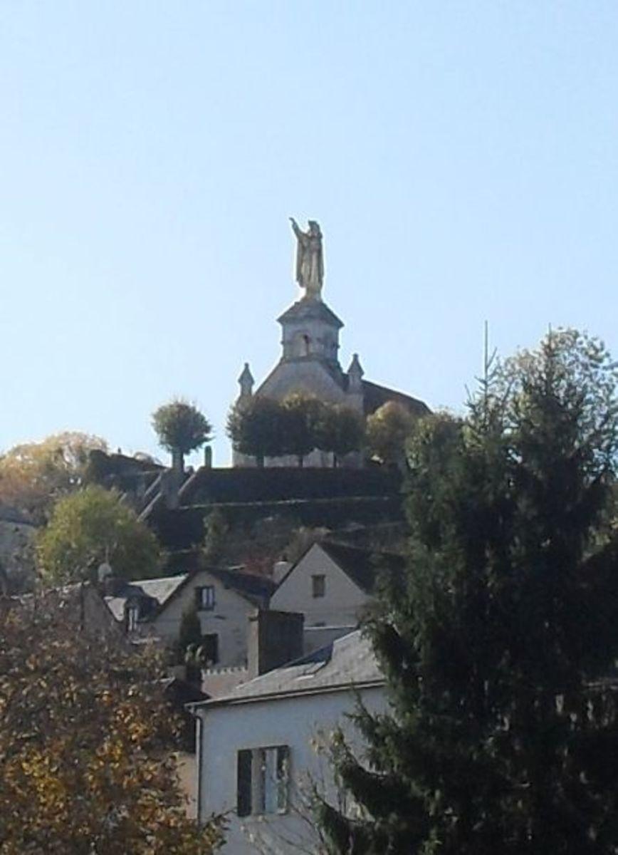 La Bonne Dame Overlooking Argenton Sur Creuse