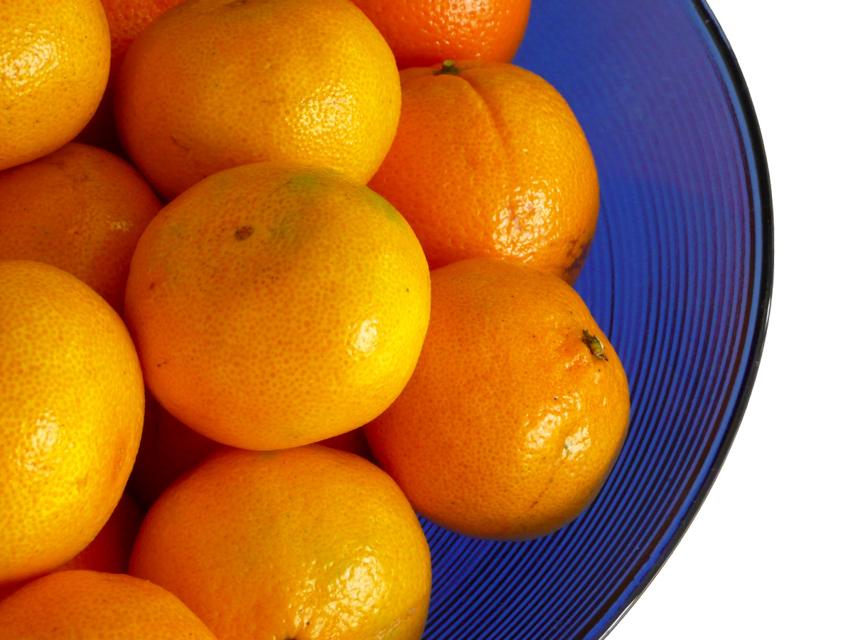 Clementines are small, sweet, and juicy. They peel and break into segments easily. You may want to have two of these for your citrus fruit serving.