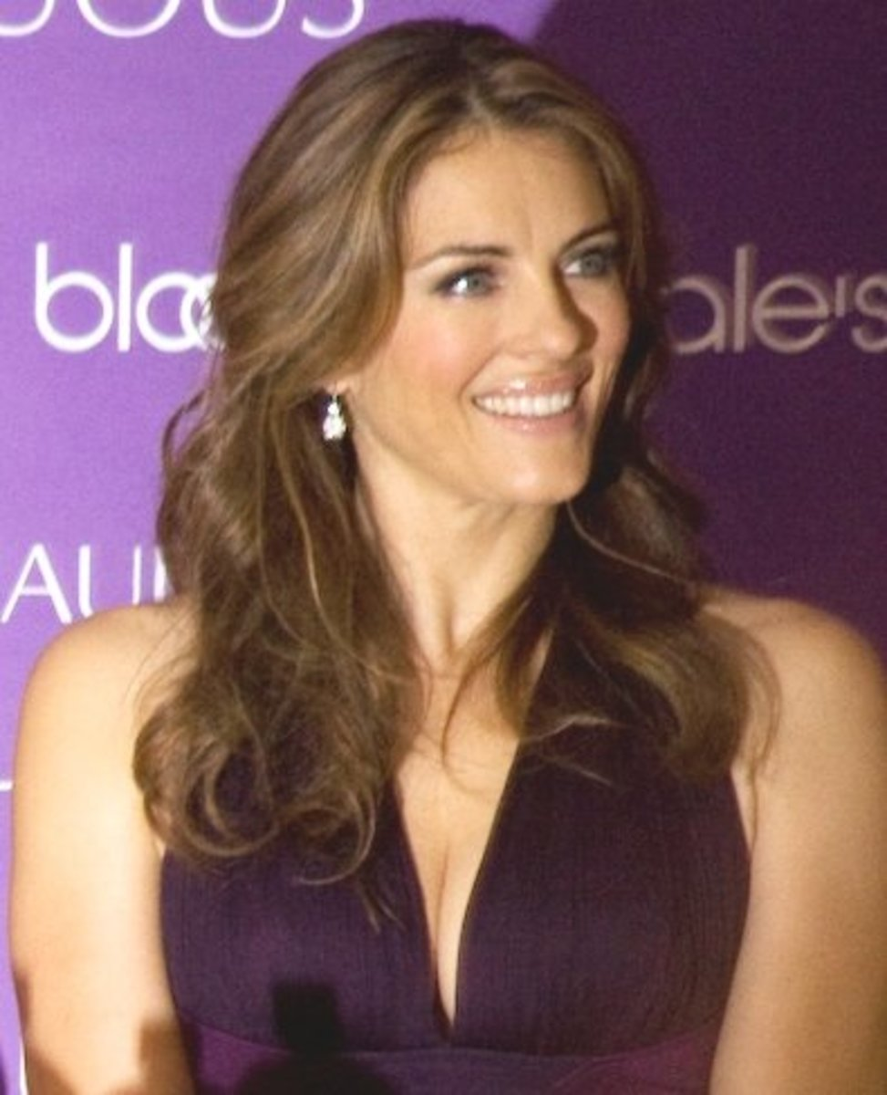 Elizabeth Hurley, clueless about beauty at 46.