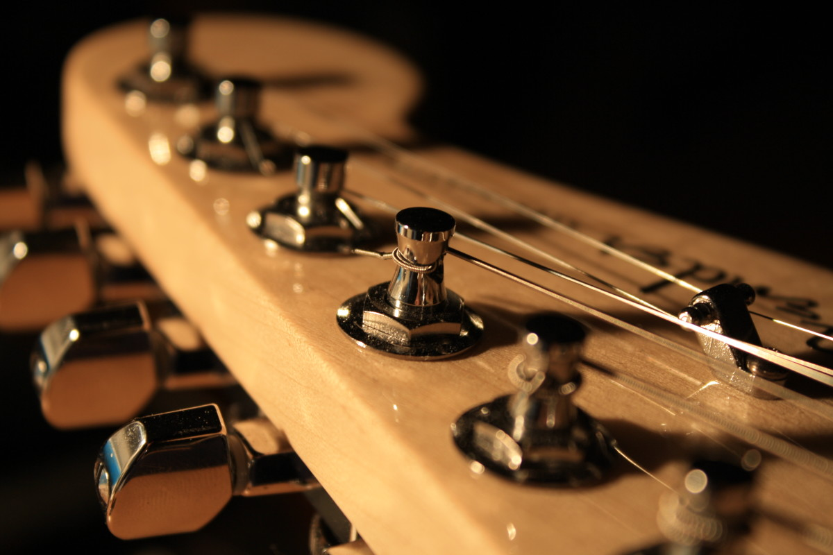 Headstock of a Fender American 'Deluxe' Stratocaster