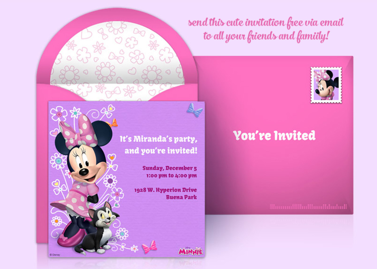 Create your own Minnie Mouse party invitation!