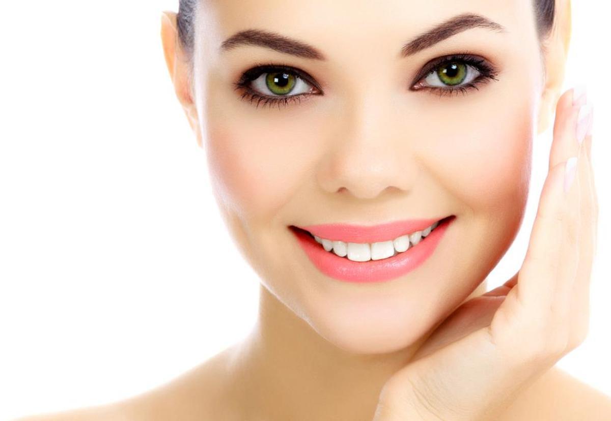 naturally-beautiful-skin-best-face-scrubs-for-oily-skin-acne-prone-skin-blackheads