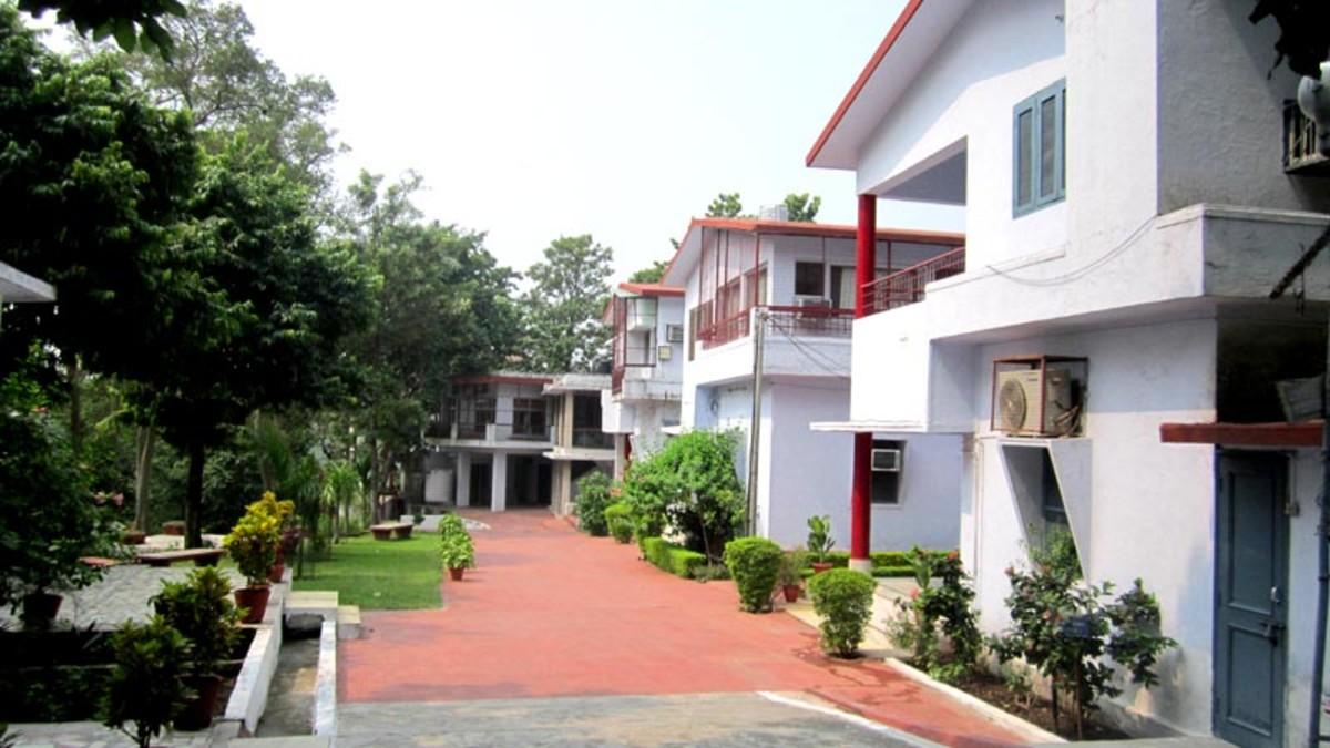 Yoga Niketan, Rishikesh