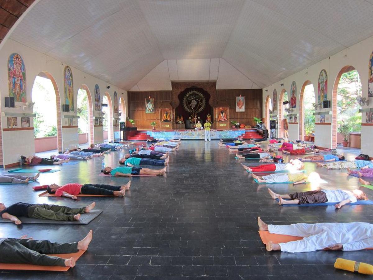 Sivananda Yoga Center, Meenakshi Ashram