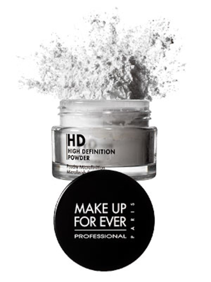 #3 Make Up For Ever HD Microfinish Powder.