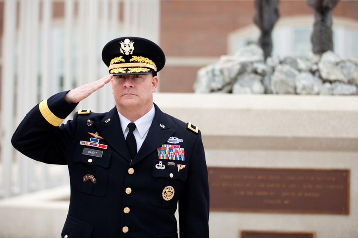 a-us-army-general-who-tainted-his-uniform-in-pursuit-of-sex