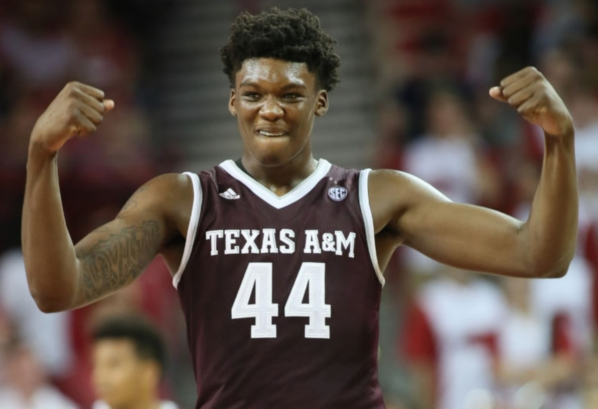 An opportunity to play in the NCAA Tournament had to be a consideration in Robert Williams' decision to return to Texas A&M.
