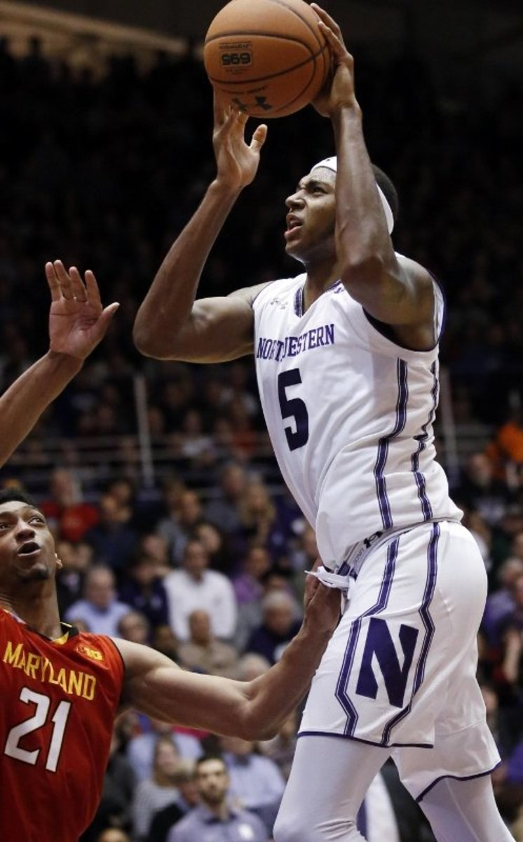 At 6-8, 235, Dererk Pardon held his own in the paint, grabbing 8 boards a game for a Big Ten team.