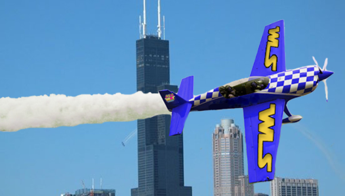See all kinds of planes performing aerobatics at the Chicago Air and Water Show
