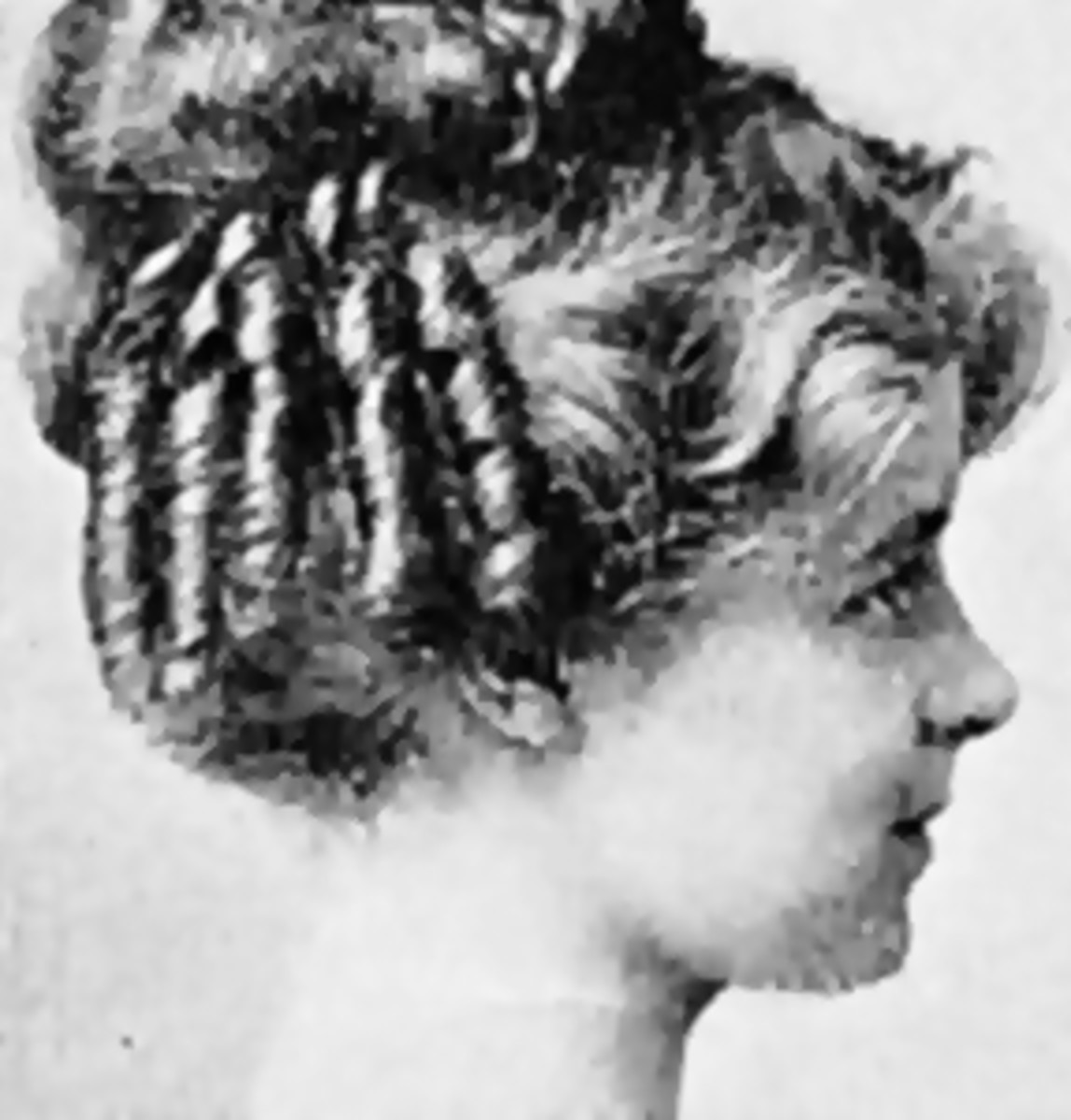 1910 curly hairstyle