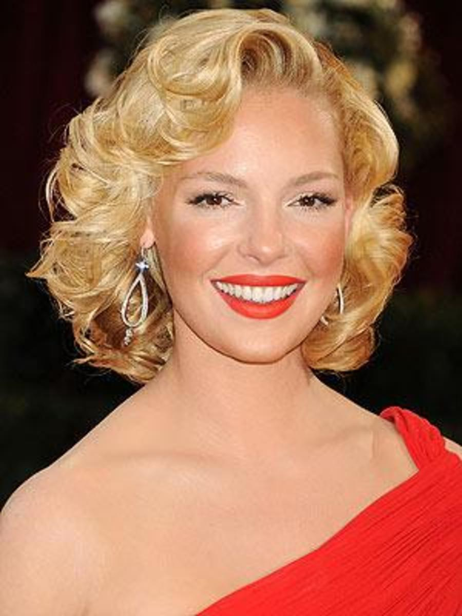 Katherine Heigl's cute short curly hairstyle