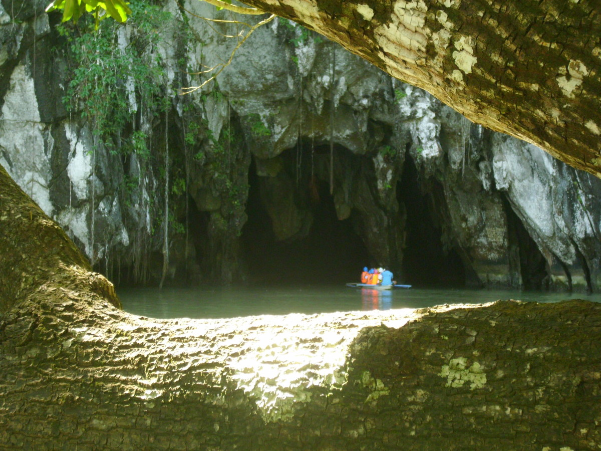 Entering the Underground River Cave.