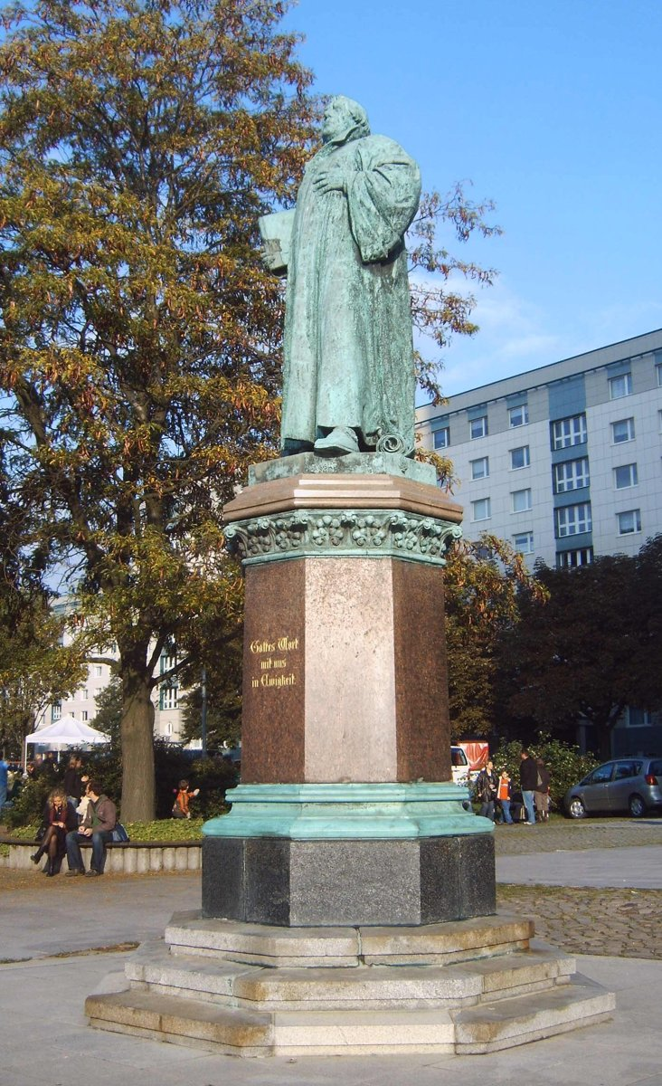 A statue of Luther in Magdenburg.