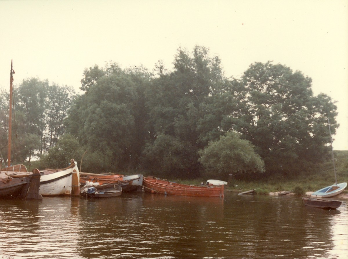 Boats along the waterway